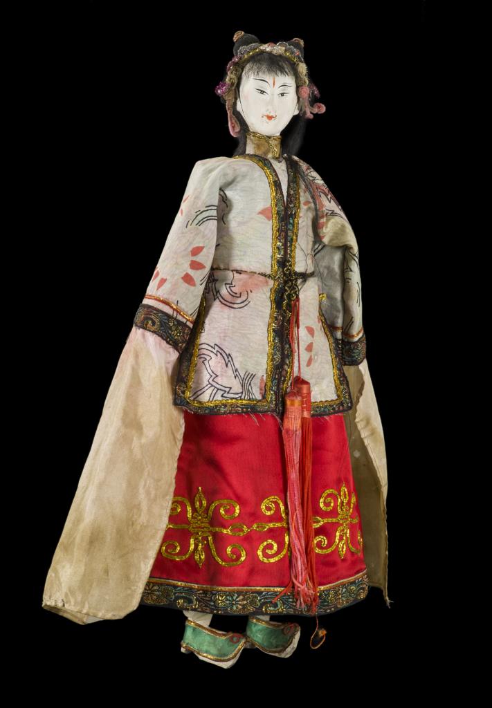 Figura 6, burattino della Collezione Signorelli, raffigurante una dama, anni '40 del XX sec. © Primangeli
